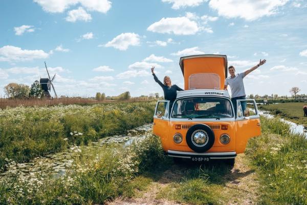 Devolkswagencamper Nl Volkswagen Camperbus Huren Trouwvervoer